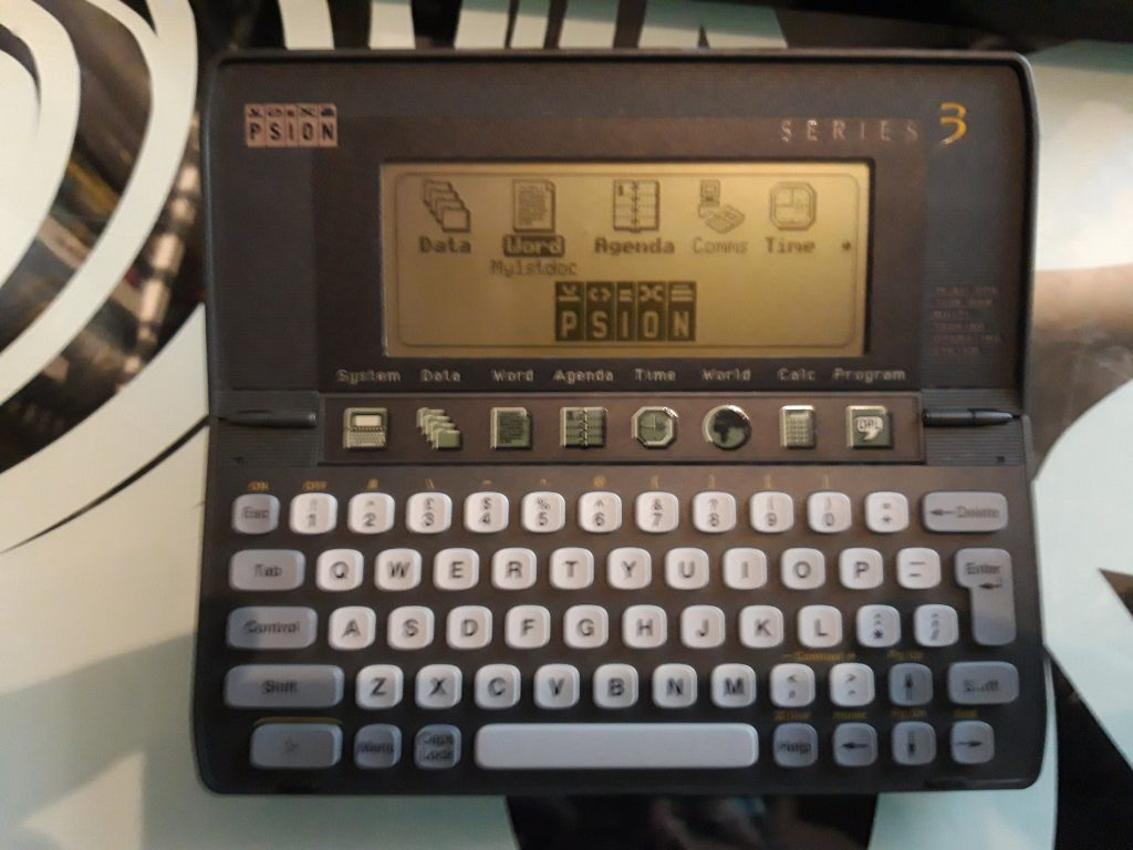 A slightly blurry picture of a Psion Series 3.